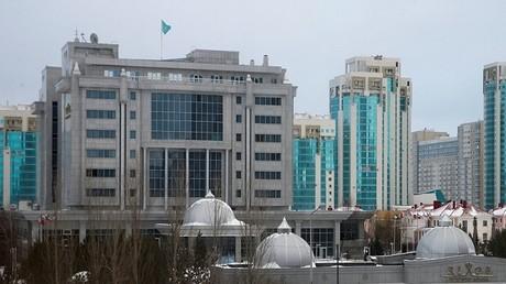 الفندق ريكسوس بالعاصمة الكازاخستانية أستانا، الذي يستضيف جولات المحادثات حول سوريا