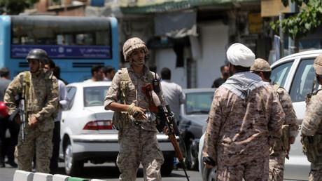 الأمن الإيراني في طهران