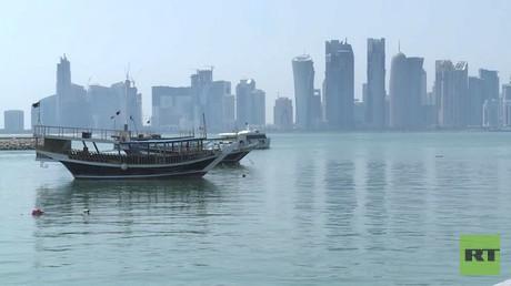 قطر تؤكد ضرورة حل الأزمة دبلوماسيا