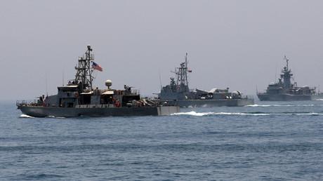 سفن أمريكية وقطرية تنفذ مناورات مشتركة في مياه الخليج العربي (16/06/2017).