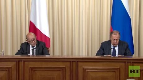 محادثات روسية فرنسية في موسكو
