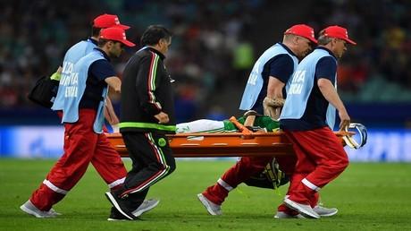الإصابة تمنع نجم المكسيك من استكمال البطولة