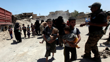 خروج المدنيين من الموصل القديمة اليوم 24 يونيو