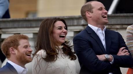 الأمير وليام وزوجته كاثرين والأمير هاري