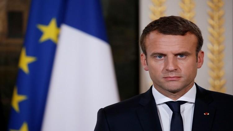 فرنسا تتوج ماكرون