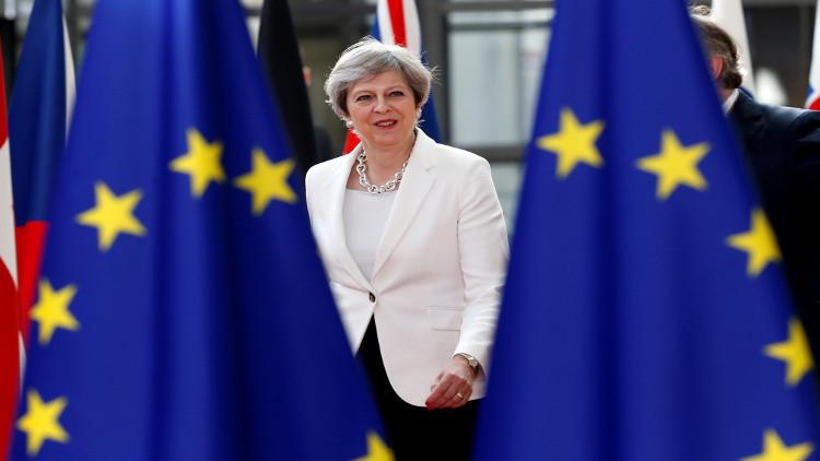 تلغراف: ماي قد تنسحب من محادثات الخروج من الاتحاد الأوروبي