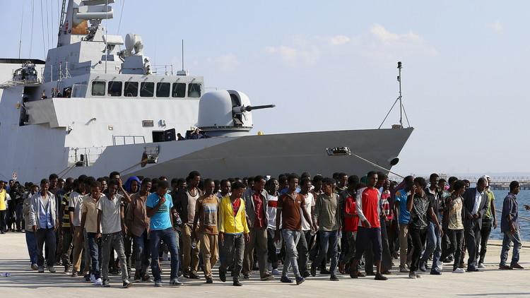 إيطاليا تدعو دول أوروبا لفتح موانئها أمام سفن إنقاذ المهاجرين