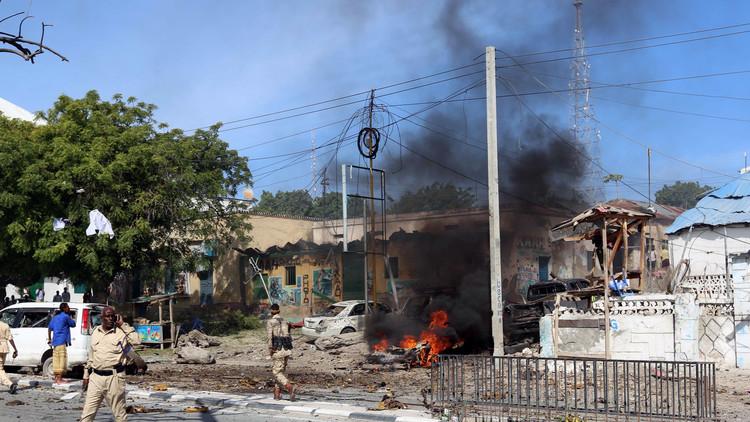 الصومال.. مقتل شخصين بانفجار قنبلة قرب مقديشو