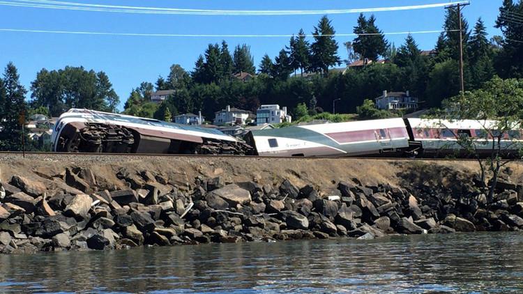قطار يخرج عن مساره في واشنطن