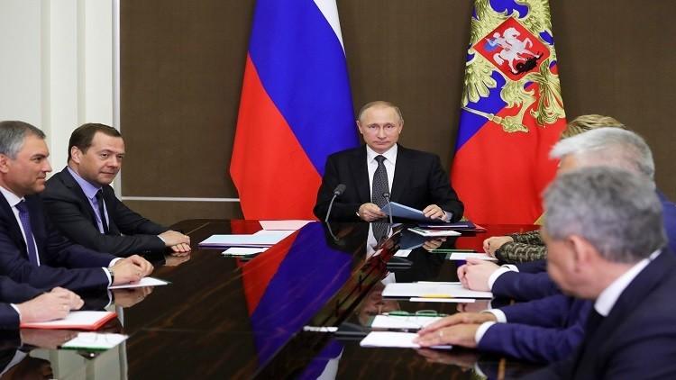 بوتين يبحث مع مجلس الأمن القومي الأزمة السورية