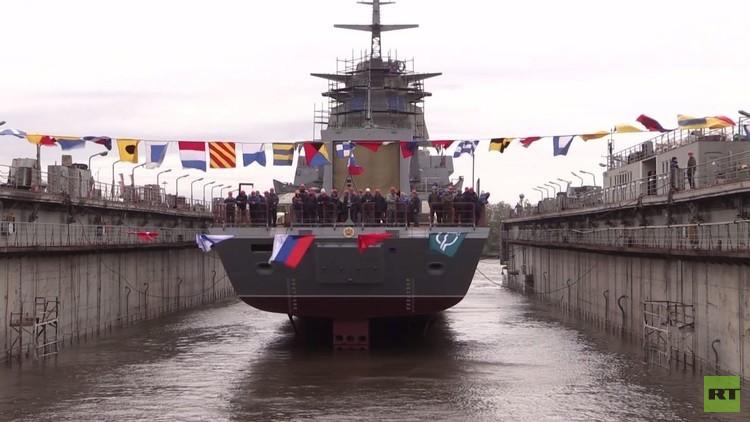 إطلاق سفينة حربية من الجيل الجديد في بطرسبورغ