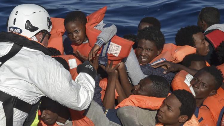 غرق 2200 مهاجر في المتوسط وعبور 100 ألف آخرين إلى أوروبا في 2017