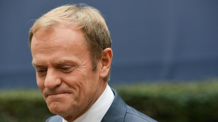 توسك يرفض الاستجواب بشأن تحطم طائرة الرئيس البولندي الأسبق