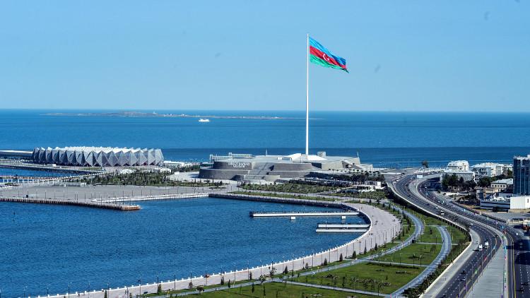 موسكو تطالب باكو بالكف عن تمييز الروس من أصول أرمنية