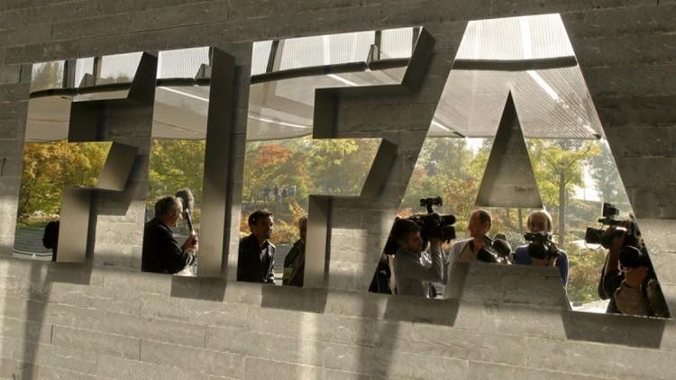 الاتحاد الدولي لكرة القدم يجمد عضوية الاتحاد السوداني