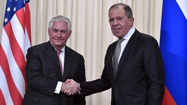 لافروف وتيلرسون يمهدان للقمة الروسية الأمريكية اليوم