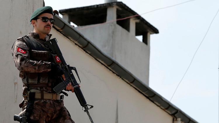 حبس شخصين متهمين بقتل سورية وطفلها في تركيا