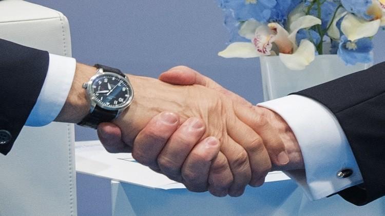 واشنطن: العلاقات الروسية الأمريكية أهم لترامب من التجاذبات السياسية الداخلية