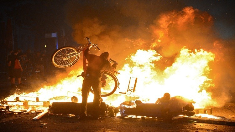 استمرار أعمال الشغب في هامبورغ رغم انتهاء قمة