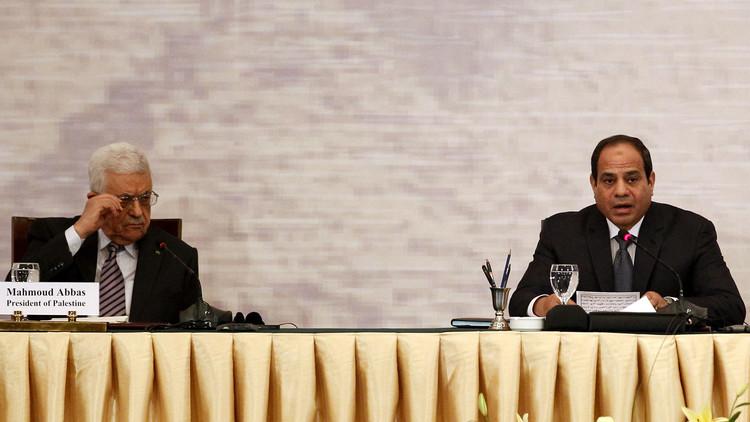 عباس يناقش مع السيسي الجهود المبذولة لدفع عملية السلام