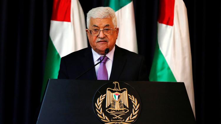 عباس يهدد حماس بفرض عقوبات مالية