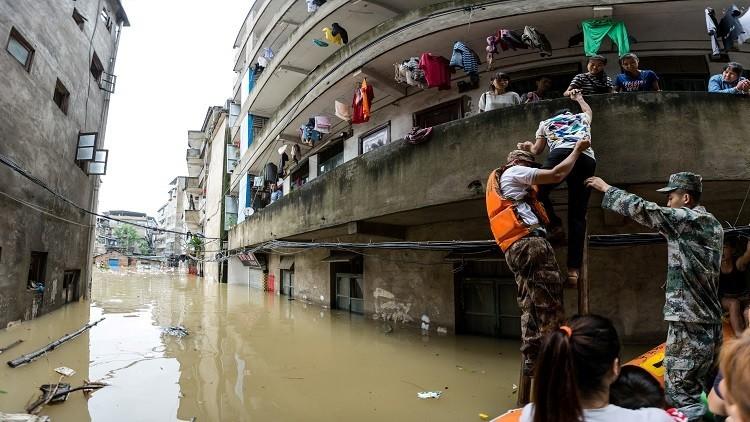 83 قتيلا ومفقودا في فيضانات وسط الصين
