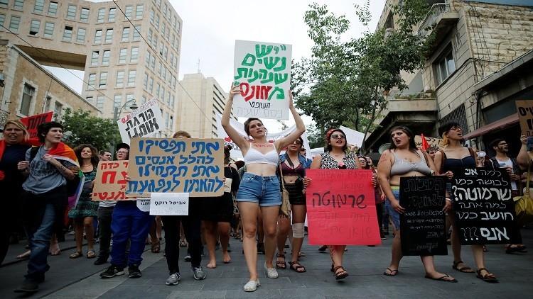 مقتل إسرائيلية طعنا في بئر السبع وموت أخرى في سديروت