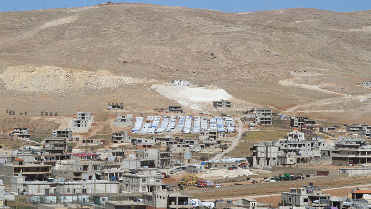 التحضير لعودة 500 نازح من جرود عرسال اللبنانية إلى عسال الورد السورية