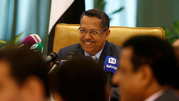 فنان يمني لرئيس الحكومة بن داغر: ليتك لم تغرد!