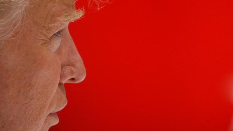 ترامب: بوتين كان يفضل فوز كلينتون.. والكرملين يعلق!