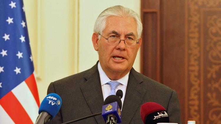 تيلرسون يغادر الدوحة إلى واشنطن دون الإعلان عن إحراز تقدم في احتواء الأزمة الخليجية