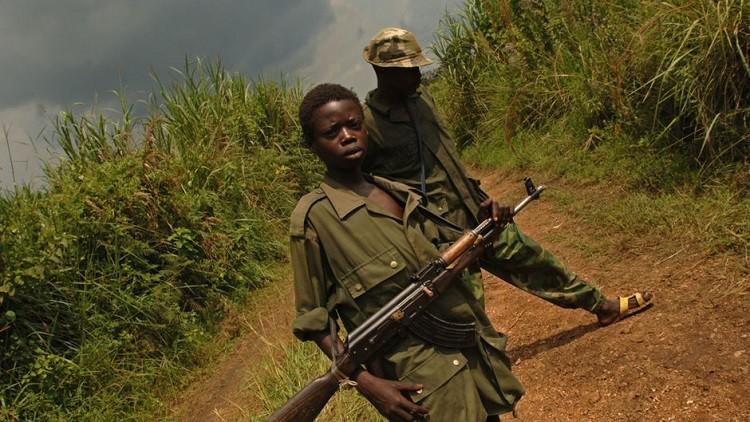 الكونغو.. مسلحون يخطفون 11 حارسا وصحفية أمريكية