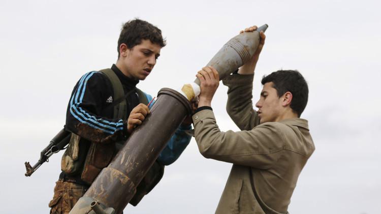 مسلحون يستهدفون مدينة سلحب وبلدة محدرة بريف حماة وإصابات بهجوم على دمشق