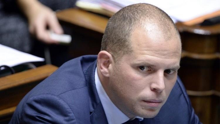 وزير بلجيكي يطالب بسحب فرقاطة بلاده المشاركة في بعثة مكافحة تهريب البشر قبالة سواحل ليبيا