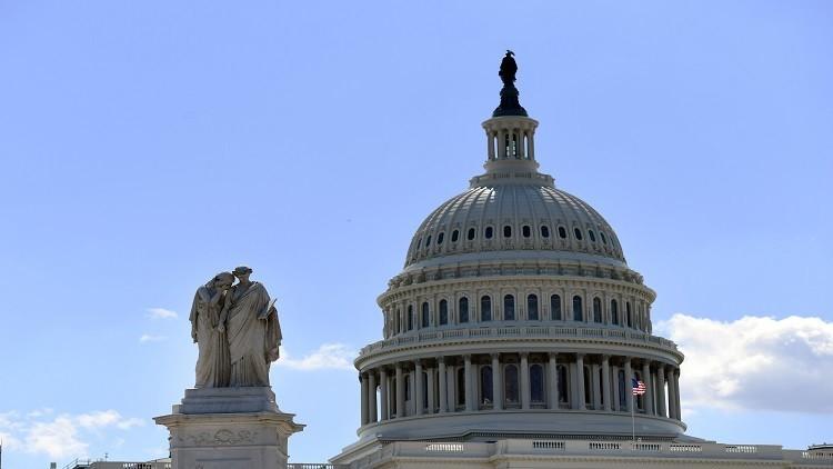 الميزانية الأمريكية تواجه خطر عجز هائل