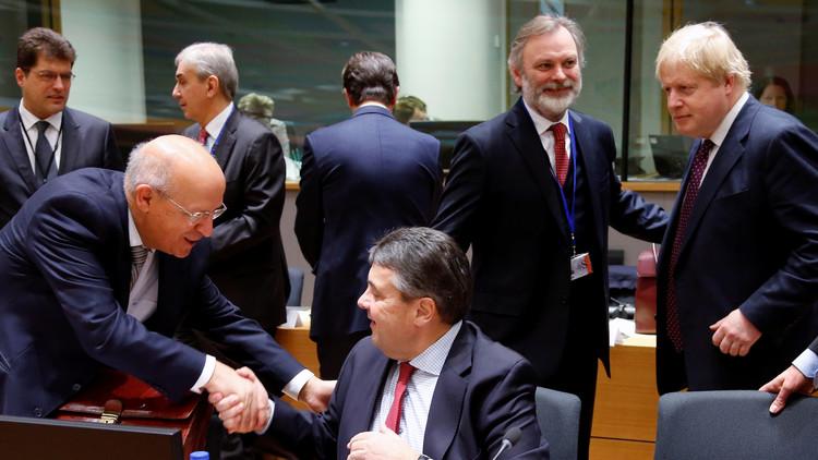 الاتحاد الأوروبي يفرض عقوبات على 16 سورياً