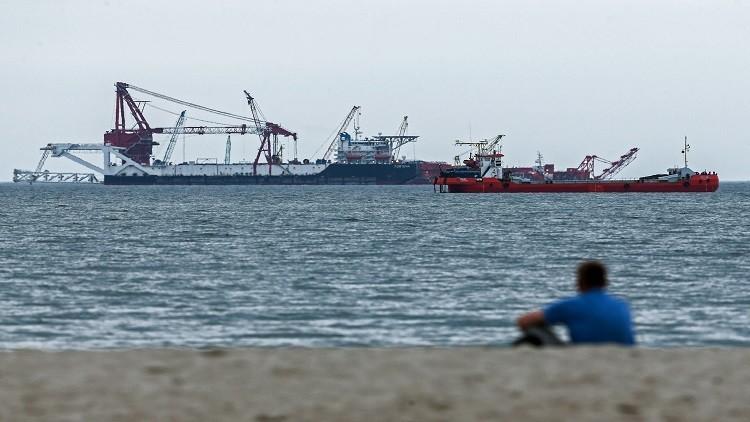 النفط يرتفع نتيجة زيادة طفيفة في الطلب