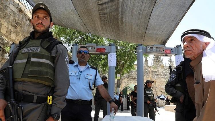 مسؤول فلسطيني: اتصالات سعودية إسرائيلية لاحتواء الموقف في الأقصى