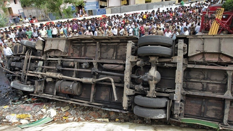 مصرع أكثر من 20 شخصا في حادث سير شمال الهند