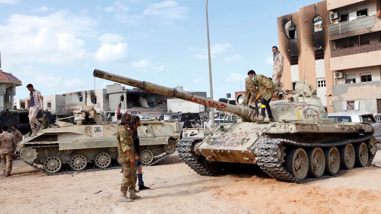 أفراد تابعون لقوات البنيان المرصوص في مدينة سرت الليبية
