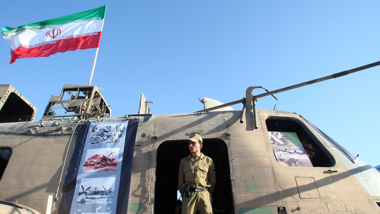 الحرس الإيراني يشتبك مع مسلحين على الحدود العراقية