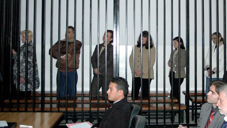 بعد عقد.. الممرضات البلغاريات يسردن معاناتهن في سجون القذافي