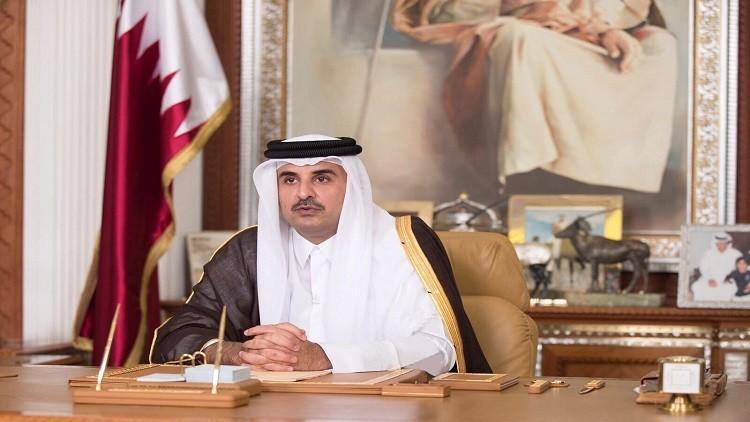 أمير قطر يبحث مع جنرال أمريكي التعاون الدفاعي بين البلدين