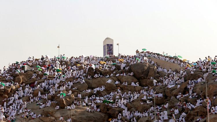 البعثة الدبلوماسية الإيرانية الى الحج تدخل السعودية عبر دبي