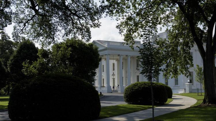 مدير اتصالات البيت الأبيض يعترف بأنه شوه موقف ترامب من العقوبات ضد روسيا