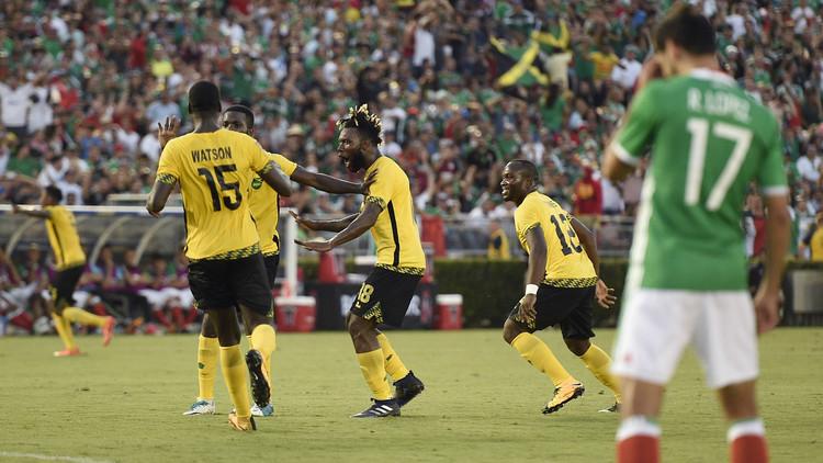 جامايكا تجرد المكسيك من لقب بطلة