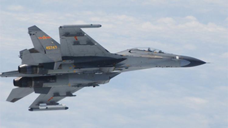 مقاتلتان صينيتان تعترضان طائرة استطلاع أمريكية