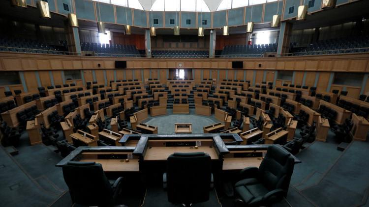 البرلمان الأردني ينتقد الحكومة على خلفية حادثة السفارة الإسرائيلية