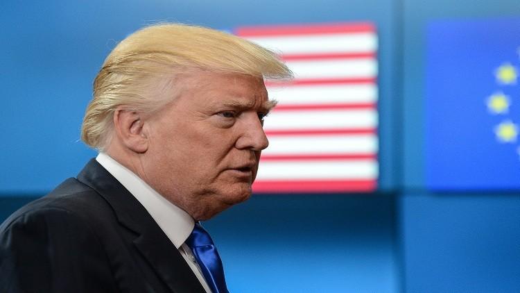 ترامب يستغرب عدم التحقيق في مساعدة كييف لكلينتون بالانتخابات