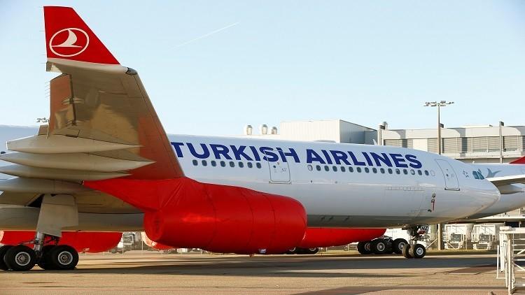 طائرة تركية تهبط اضطراريا في الجزائر